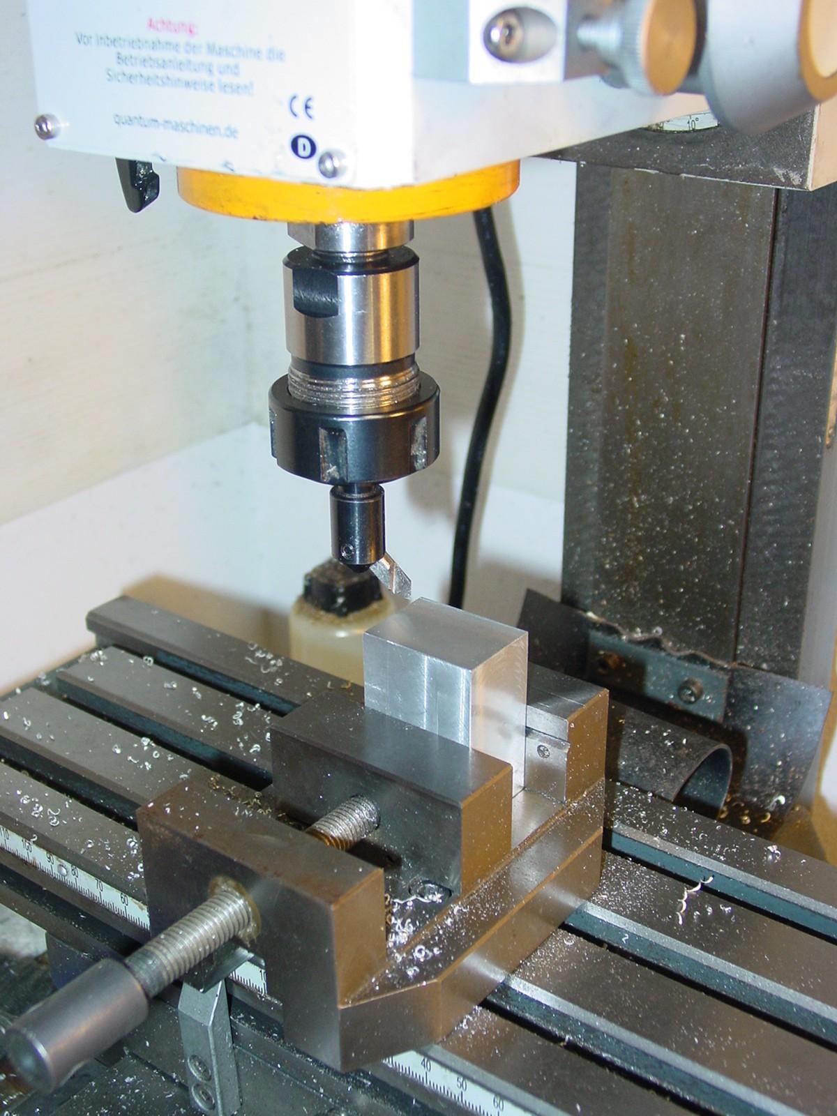 Videocorsi di meccanica micromeccanica di precisione e for Progetto tornio fai da te